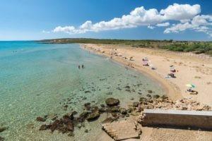beach eloro lido of noto